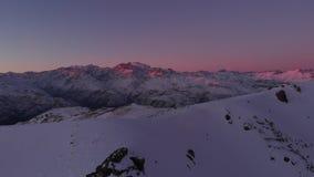 Montanhas los andes o Chile do por do sol filme