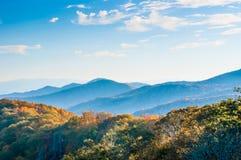 Montanhas mergulhadas, vista no parque nacional Fotos de Stock