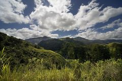 Montanhas, montes, prado Imagem de Stock Royalty Free