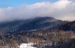 Montanhas na neve Foto de Stock Royalty Free