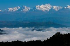 Montanhas na selva 2 imagens de stock