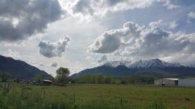 Montanhas nebulosas Imagens de Stock