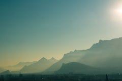 Montanhas nevoentas Fotografia de Stock