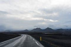Montanhas no horizonte Imagens de Stock Royalty Free