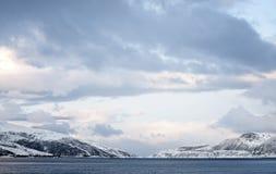 Montanhas norueguesas Fotos de Stock Royalty Free