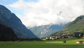 Montanhas nos cumes Imagem de Stock Royalty Free