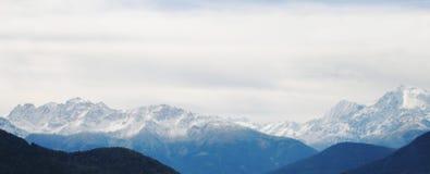 Montanhas nos cumes Foto de Stock Royalty Free