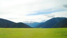 Montanhas nos cumes Fotografia de Stock