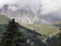 Montanhas nos cumes Imagens de Stock Royalty Free