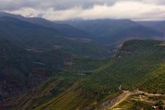 Montanhas perto da garganta de Taskim em Armênia Fotografia de Stock Royalty Free