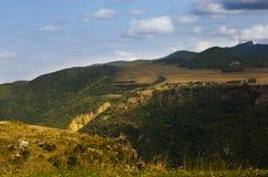 Montanhas perto da garganta de Tatev em Armênia Fotografia de Stock Royalty Free