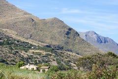 Montanhas perto da vila de Scopello, Sicília, Itália Fotos de Stock Royalty Free