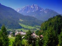 As montanhas bonitas aproximam Kranjska Gora, Slovenia, Europa Foto de Stock