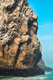 Montanhas perto do oceano Fotografia de Stock