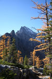 Montanhas Rochosas canadenses no outono Fotos de Stock