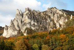 Montanhas rochosas de Sulov - sulovske skaly - Eslováquia fotos de stock