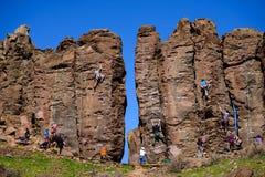 Montanhistas de rocha do basalto