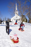 Montar a caballo del trineo en la nieve blanca fotografía de archivo libre de regalías