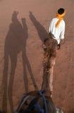 Montar el camello Foto de archivo libre de regalías