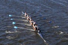 Montclair乘员组在头赛跑查尔斯赛船会人` s青年时期八 库存照片