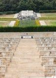Monte的卡西诺-在Monte卡西诺争斗死波兰士兵的大墓地波兰战争公墓  免版税图库摄影