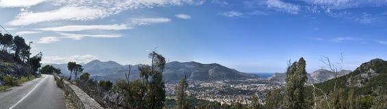 monte巴勒莫pellegrino视图 免版税库存图片