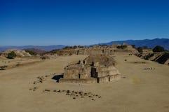 Monte Alban - οι καταστροφές του πολιτισμού Zapotec σε Oaxaca Στοκ Φωτογραφίες