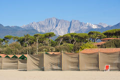 monte altissimo mountain of apuan alps viewed from forte dei marmi' s beach Royalty Free Stock Photography