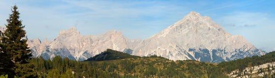 Monte Antelao, Tirolo del sud, montagne delle dolomia, Italia Immagini Stock