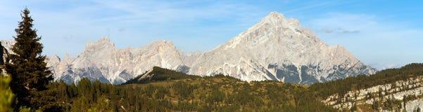 Monte Antelao, Tirolo del sud, montagne delle dolomia, Italia Fotografia Stock