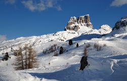 Monte Averau το χειμώνα, το υψηλότερο βουνό της ομάδας Nuvolau στους δολομίτες, που βρίσκεται στην επαρχία Belluno Ιταλία Στοκ εικόνα με δικαίωμα ελεύθερης χρήσης