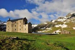 Monte Avic Natural Park, iglesia Aosta, Italia Fotos de archivo libres de regalías