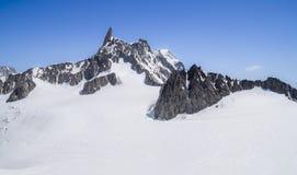 Monte Bianco masyw w Alps, Courmayeur, Aosta dolina, Włochy obrazy royalty free