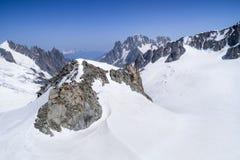 Monte Bianco masyw w Alps, Courmayeur, Aosta dolina, Włochy obrazy stock