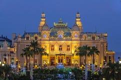 Monte Carlo Casino en la noche - Mónaco Imagenes de archivo