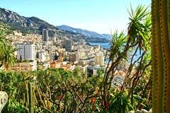 Monte - carlo, Monaco, stad, skyskrapor, trädgård Arkivbilder
