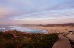 Monte Clerigo海滩阿尔加威葡萄牙 图库摄影