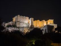 Monte da acrópole com o Partenon em Atenas Grécia imagens de stock royalty free