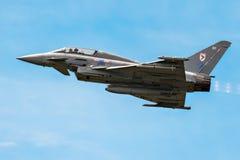MONTE DE BIGGIN, KENT/UK - 28 DE JUNHO: Disp aéreo de Eurofighter Typhoon Fotografia de Stock Royalty Free