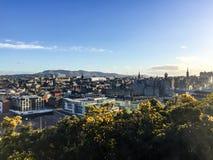 Monte de Calton, Edimburgo, Escócia, noite da luz do sol Imagens de Stock Royalty Free