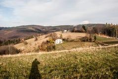 Monte de Filipka do fole do outono em montanhas de Slezske Beskydy na república checa fotos de stock