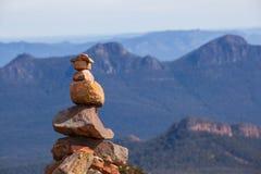 Monte de pedras de pedra sobre a montagem William, Grampians Imagens de Stock