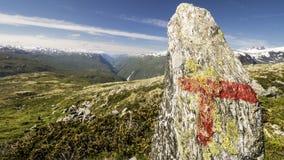 Monte de pedras e montanha Imagem de Stock