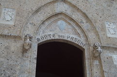 Monte-dei Paschi-Bank in Siena stockfotografie
