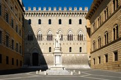 Monte dei Paschi di Siena,the oldest bank in the world, in Siena. Monte dei Paschi di Siena,the oldest surviving bank in the world, in Siena, Italy Stock Photography