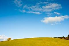 Monte e céu Fotos de Stock