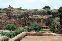 Monte e templo rochosos Imagens de Stock Royalty Free