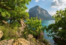 Monte el halcón cerca del pueblo Novyi Svit en la Crimea Imágenes de archivo libres de regalías