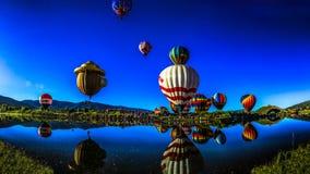 Monte en ballon un flotteur Photos libres de droits