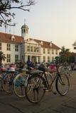 Monte en bicicleta el alquiler, kota, Jakarta, Indonesia Fotos de archivo